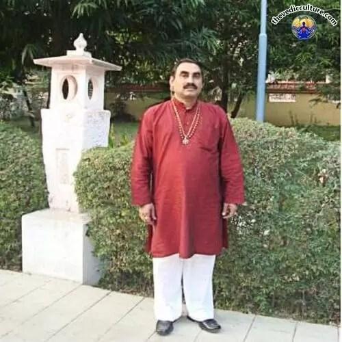 Guru SK Saini