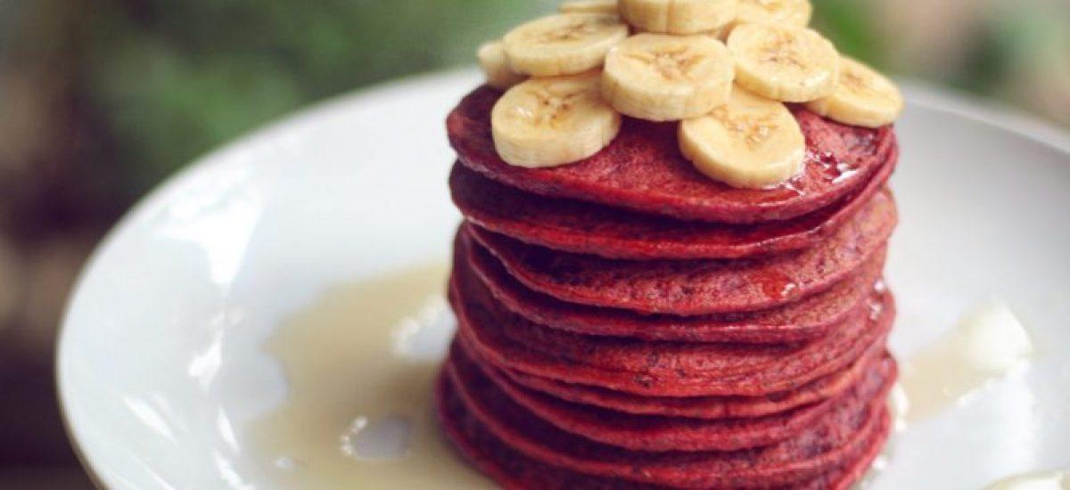 Pancakes di barbabietola rossa senza glutine