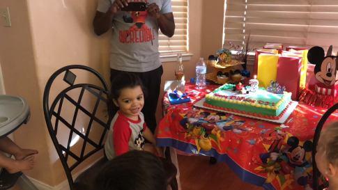 DJ's Third Birthday Party (Mickey Mouse Party) | www.thevegasmom.com