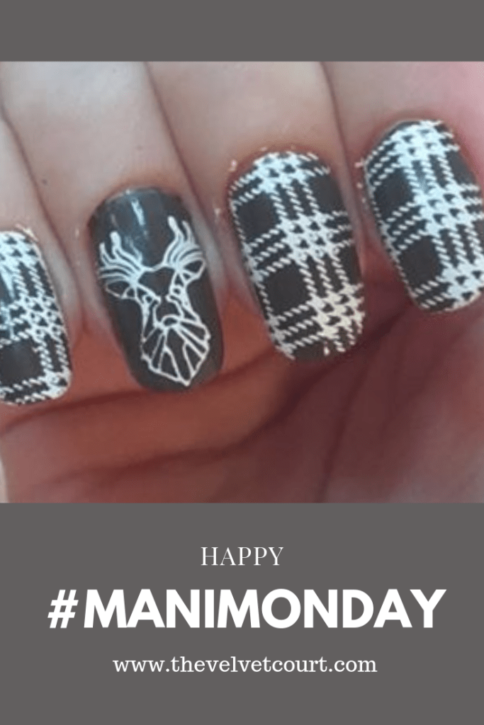 """Discover how you can recreate this winter deer plaid look using Born Pretty """"BP-L089"""" and """"BP-L006"""" staming plates & Born Pretty """"BP-WN04"""" stamping polish."""
