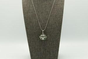 Tree Large Diffuser Necklace | The Vera Soap Company