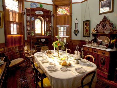 How To Create A Victorian Dining Room Fit For A Christmas