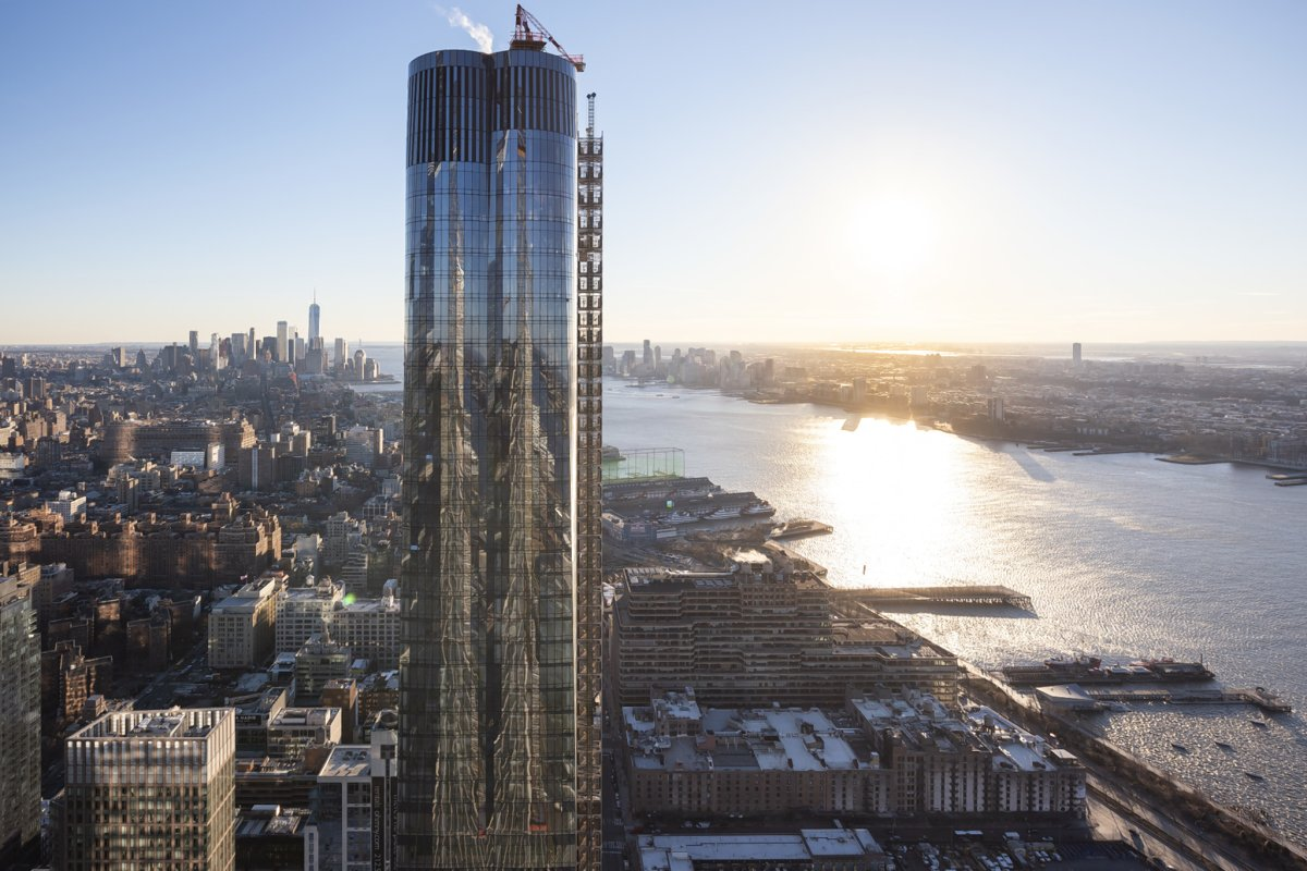 Hudson Yards A look into first luxe tower  The Villager