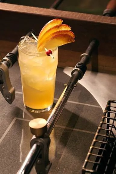 Cocktail Recipe: Charlie Hustle