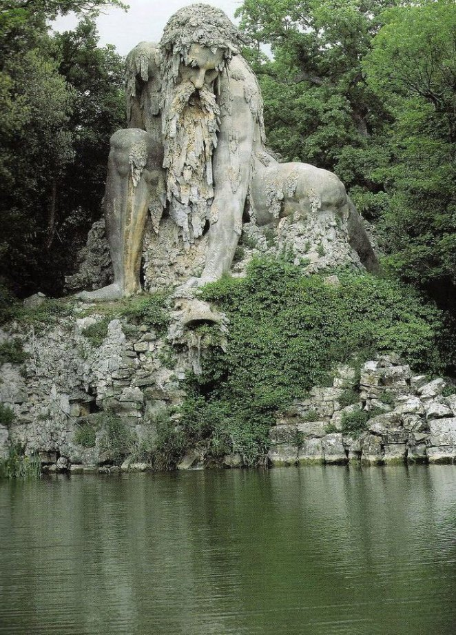 colosso-dell-appennino-sculpture-florence-italy-1__700 (1)