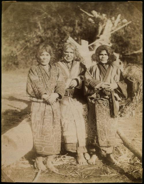 ainu-women-on-sachalin