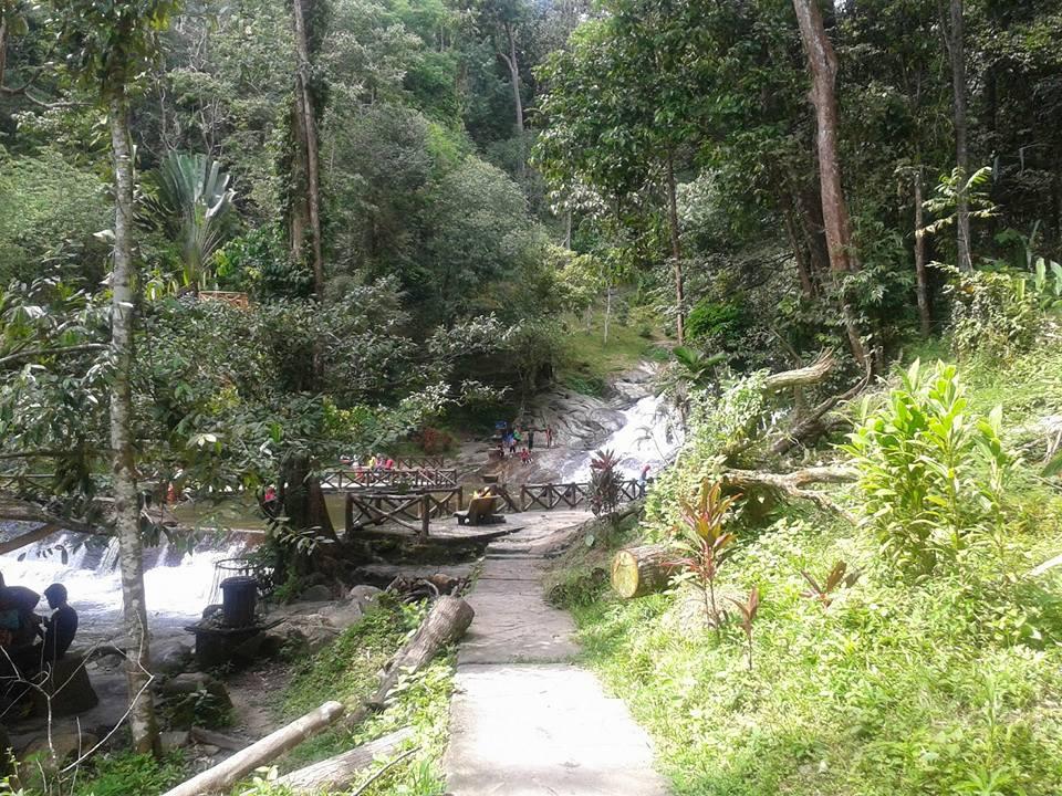 Air Terjun Di Hutan Lipur Lata Bayu Baling Kedah Buat