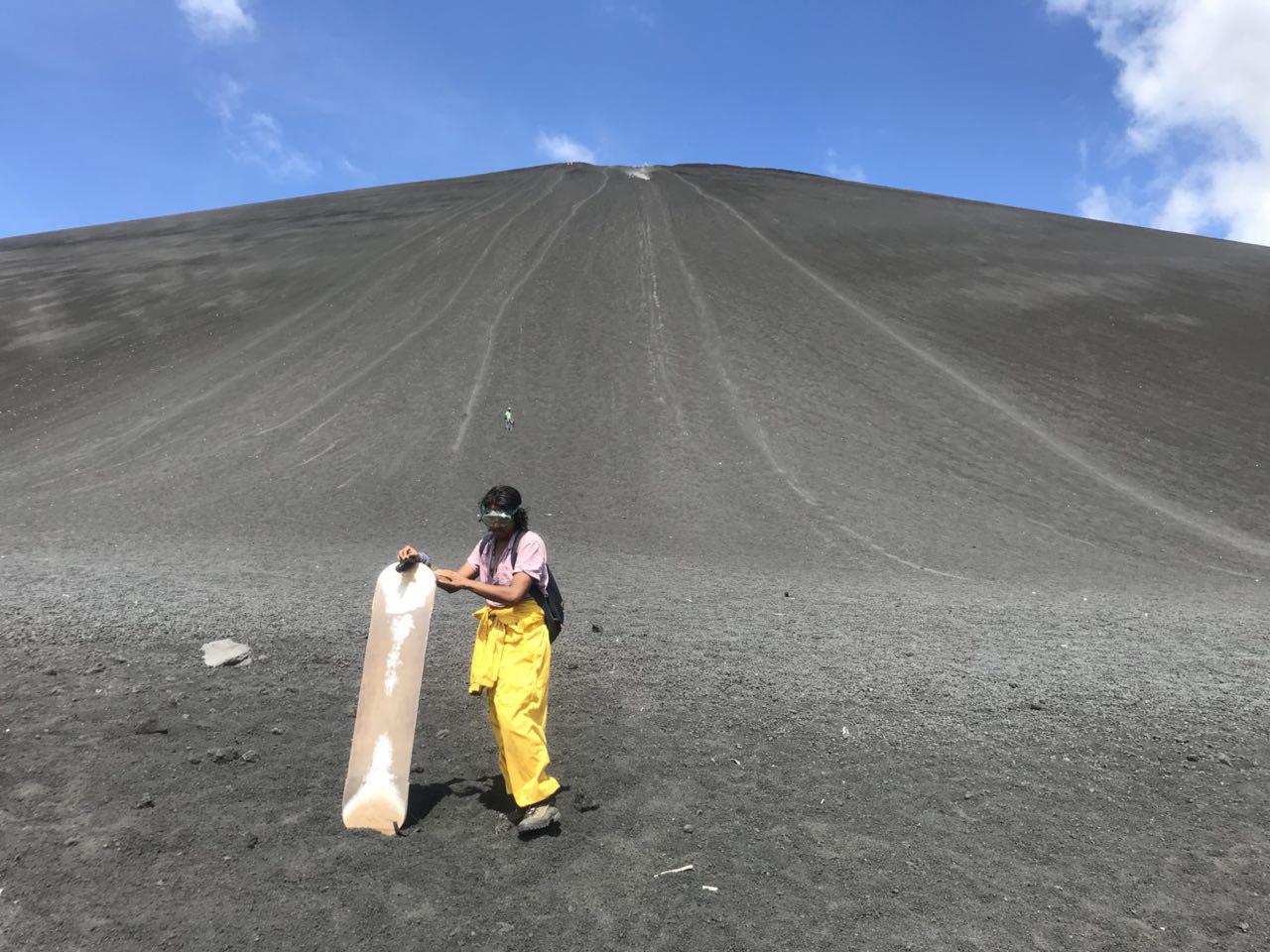 volcano-boarding-di-nicaragua-22