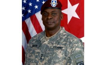 Official Army photograph of Lt. Gen. Austin (Public Domain Photo | U.S. Army Image)