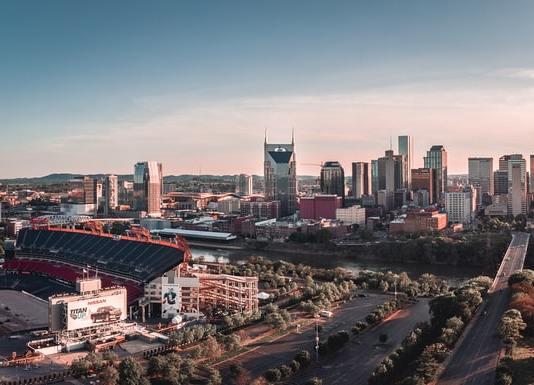 Sky view of Nashville, TN (Photo by: Tanner Boriack | Unsplash).