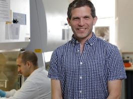 Ben Maoz is one of the leading researchers on a project in which a tiny sensor is implanted in the nerve of an injured limb and connected directly to a healthy nerve. (Tel Aviv University)