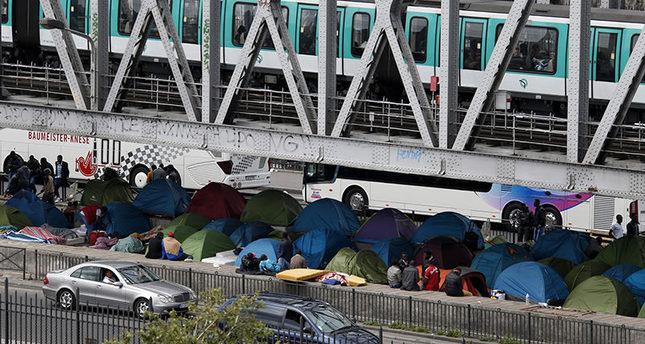 Paris tent city