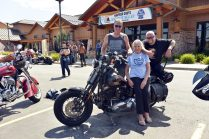 STURGIS-BUFFALO-CHIP-BIKER-BELLES-GLORIA-STRUCK