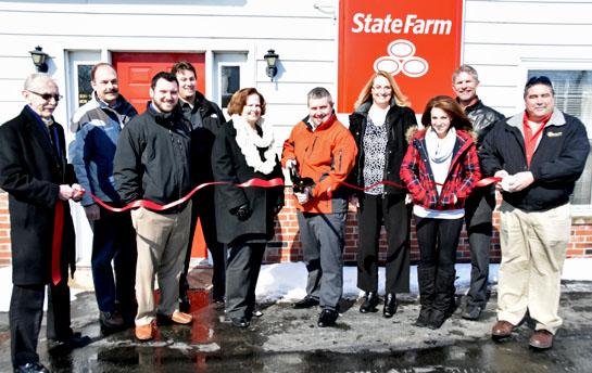 State Farm agent ribboncutting 3-2-15