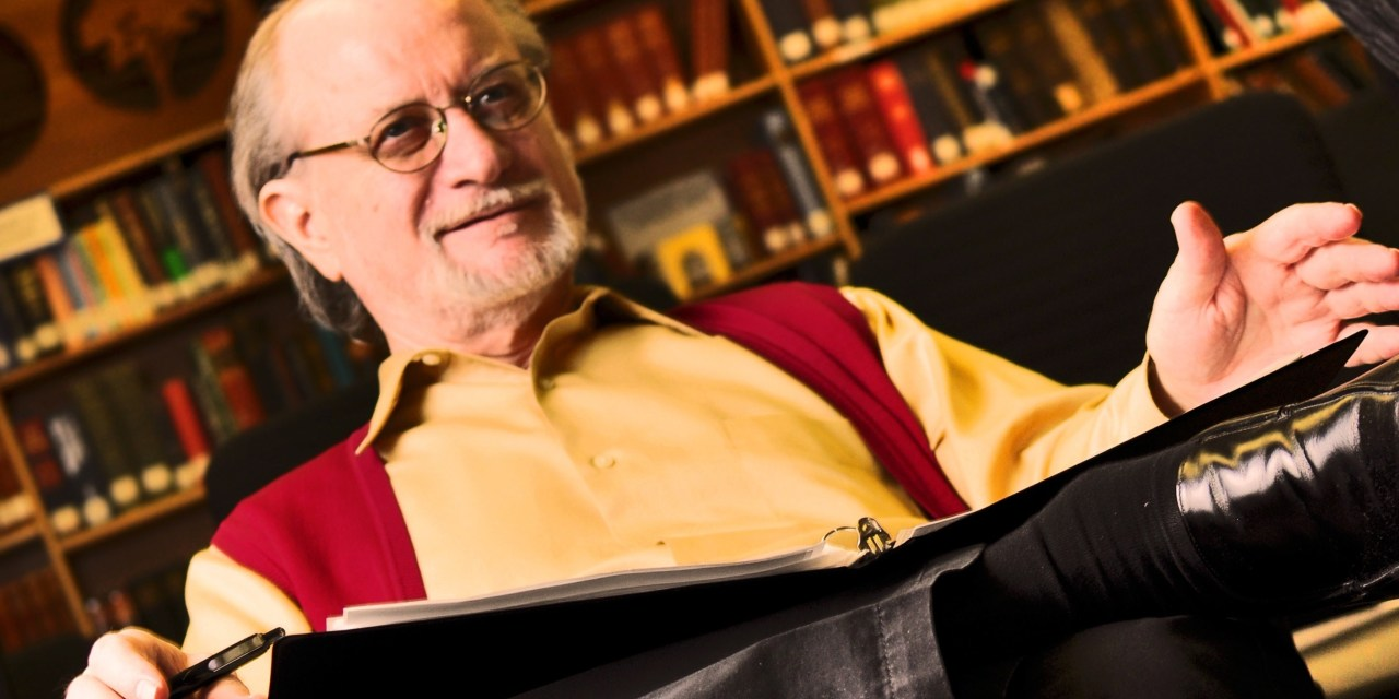 International Lecturer and Scholar premiers Da Vinci De Code in Thunder Bay