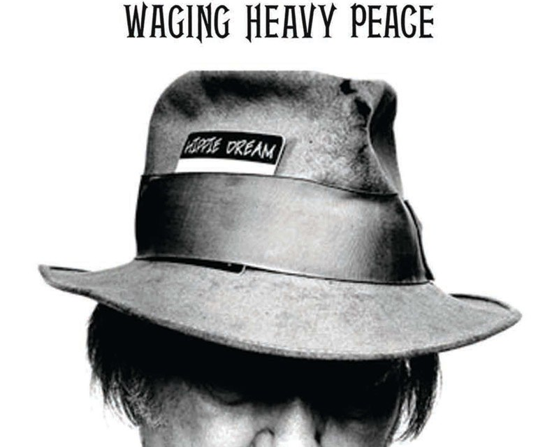 Waging Heavy Peace – Neil Young