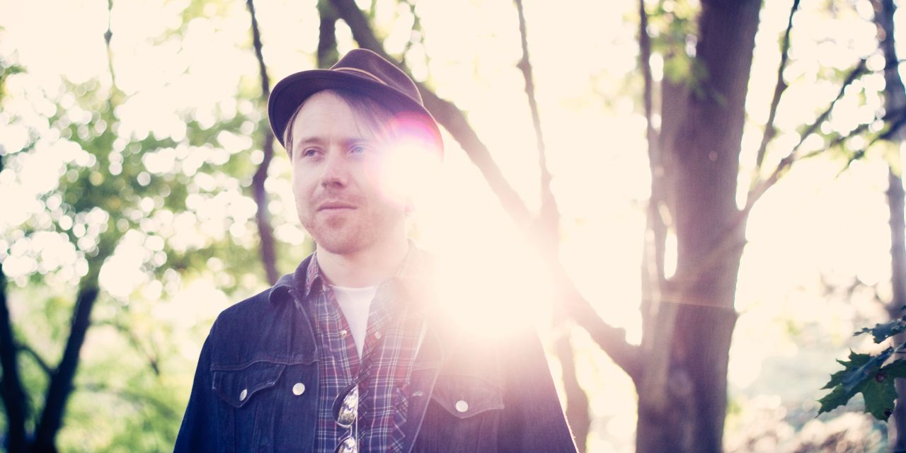 Emotional Delivery, Sharp Wit, and Unconventional Covers: Guitarist/Songwriter Sean Pinchin to Perform at The Foundry