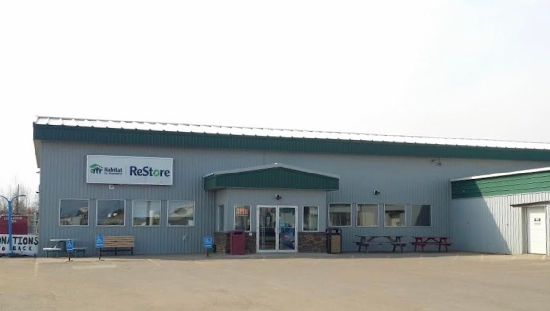 Declutter and Help Habitat for Humanity During ReStore Week