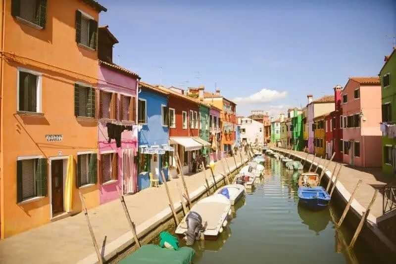 Burano, Italy by The Wandering Lens www.thewanderinglens.com