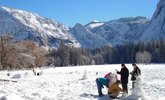 yosemite-valley-snowman-660x400