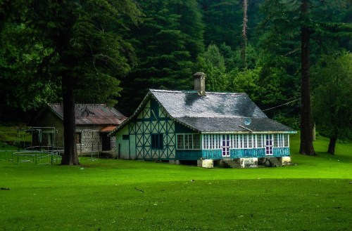 best-honeymoon-destinations-in-india-you-will-want-to-visit-right-now-dalhousie-the-switzerland-of-india
