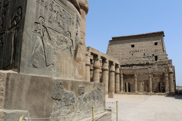 Temples in Luxor: Luxor Temple