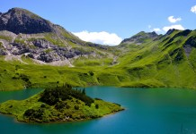 The Schrecksee was voted the most beautiful mountain lake in the Alps in the course of a vote in the Red Bull magazine Bergwelten in summer 2016