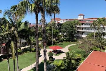 Hotel Del Coronado Courtyard