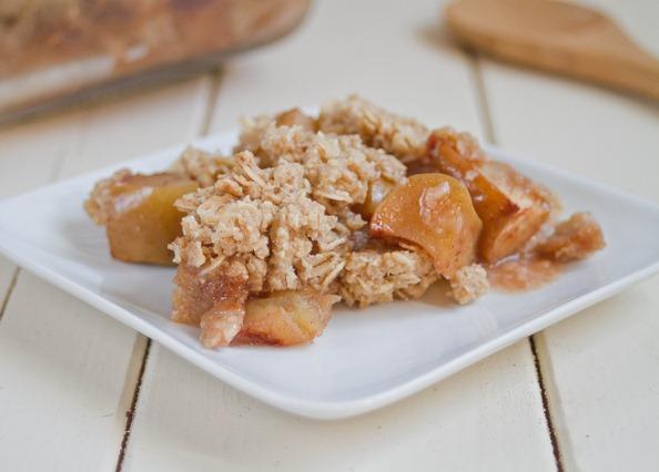 Gluten-Free apple crisp serving
