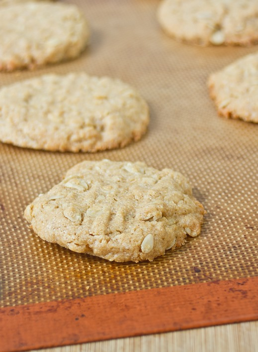 Oatmeal Peanut Butter Cookies | The Wannabe Chef