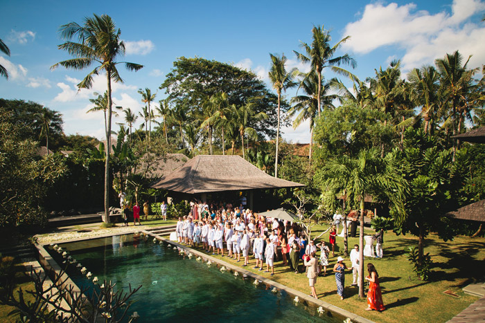 Crazy cool destination wedding in Bali. Aidan Dockery Wedding Photography. www.theweddingnotebook.com