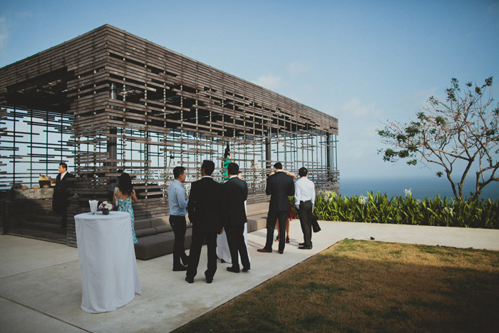 Destination wedding at Bali. Terralogical Photography. www.theweddingnotebook.com