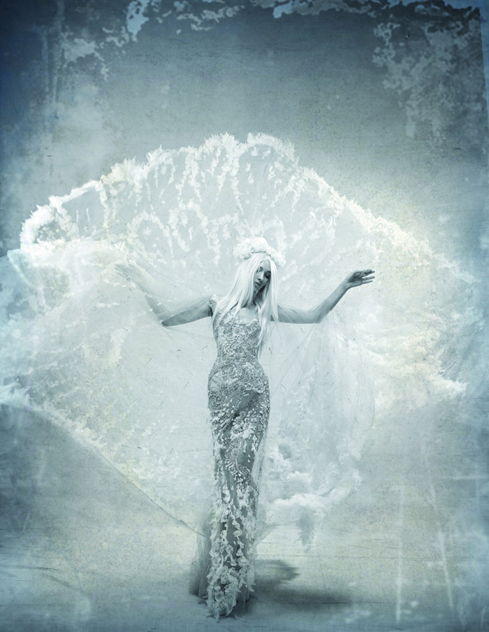 White Collection by Tex Saverio. www.theweddingnotebook.com