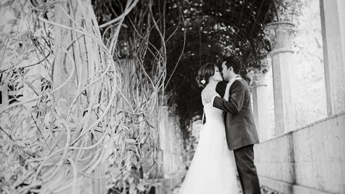 Photography by thegaleria. www.theweddingnotebook.com