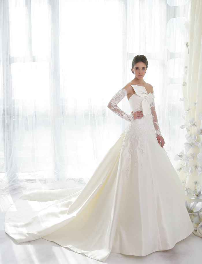 Ziad Nakad Haute Couture Bridal Collection. www.theweddingnotebook.com