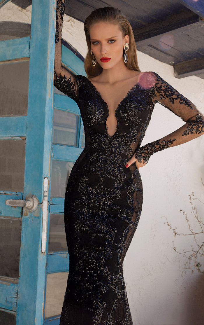 Saturn – Galia Lahav 2014 Evening Collection. www.theweddingnotebook.com