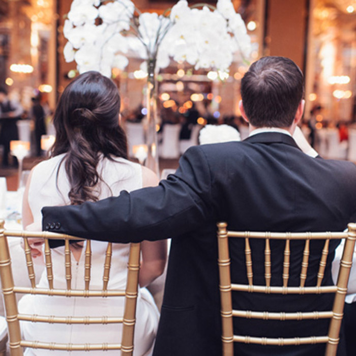 Seating Arrangements: 10 Things Couples Tend To Overlook. Photo by Bespoke Brides. www.theweddingnotebook.com