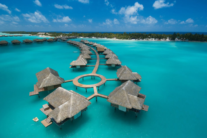 20 Honeymoon Ideas – Four Seasons Resort Bora Bora. www.theweddingnotebook.com