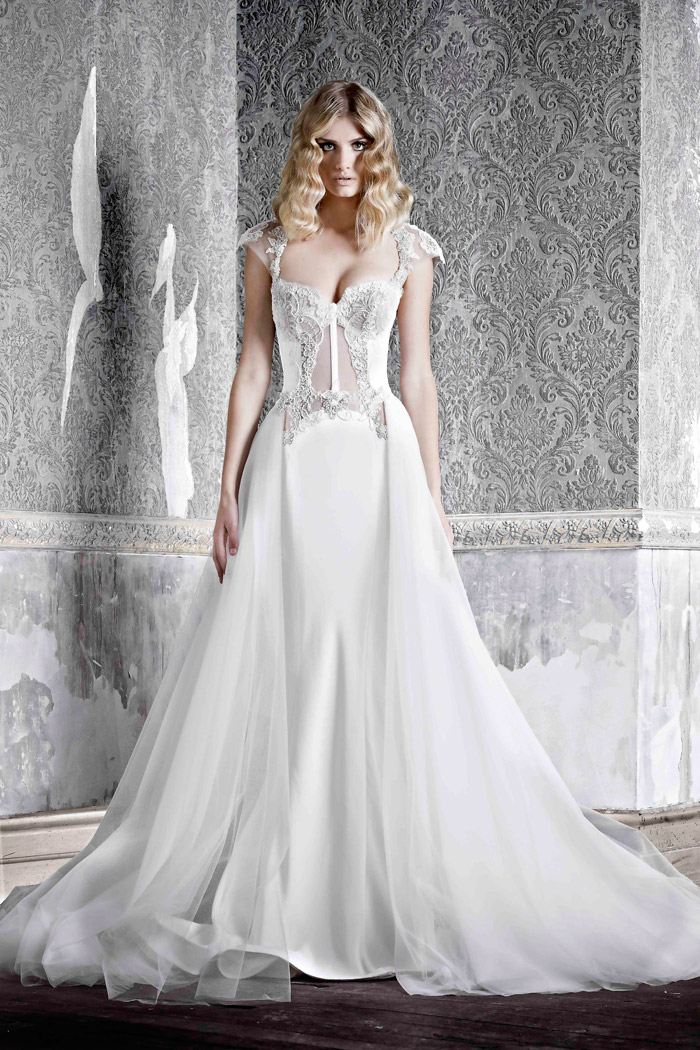 Angele (with detacheable skirt) –Pallas Couture 2015 Collection. www.theweddingnotebook.com