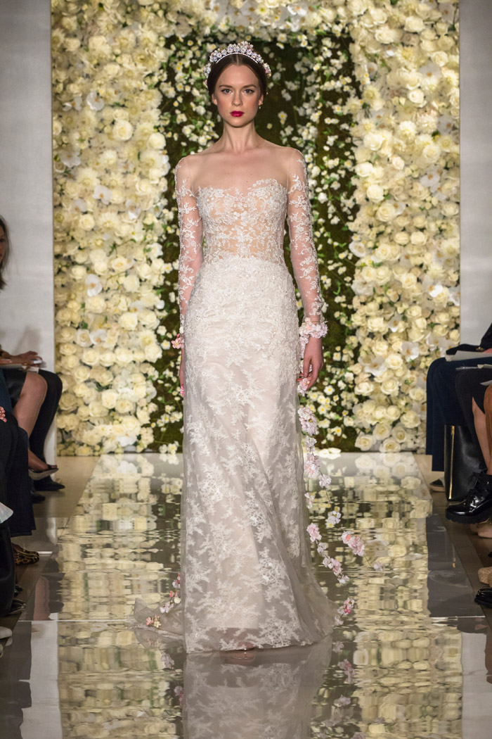 I'm Extravagant – Reem Acra Fall 2015 Bridal Collection. www.theweddingnotebook.com