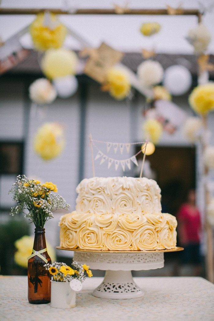 A yellow country vintage wedding at lotta caf muar the wedding yellow wedding cake photo by memoir click studio event styling by yean www junglespirit Gallery