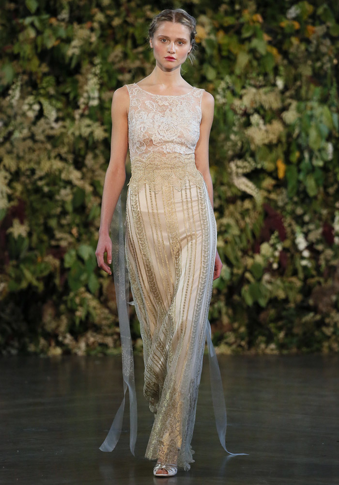 Chapelle –Claire Pettibone Fall 2015 Collection. www.theweddingnotebook.com