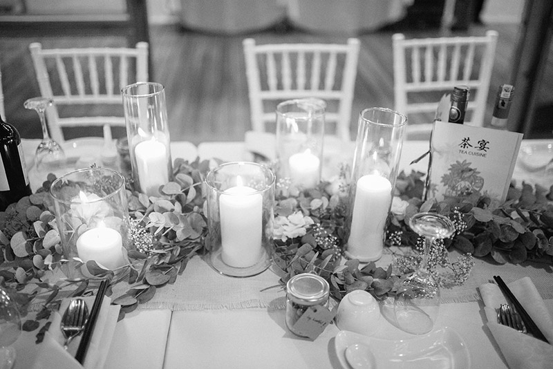 Photo by HelloJaneLee. www.theweddingnotebook.com