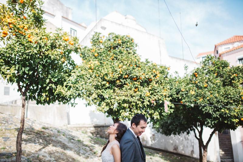 Photo by Hugo Coelho Fotografia. www.theweddingnotebook.com