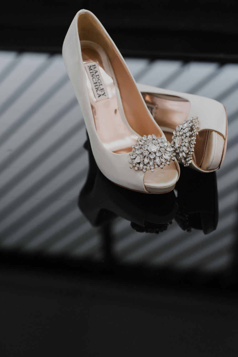 Badgley Mischka bridal shoes. Smittenpixels Photography. www.theweddingnotebook.com