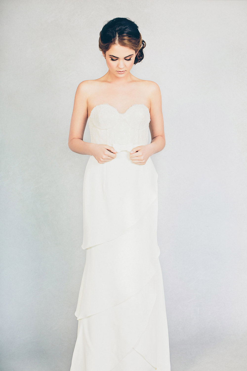 Farrah – Elizabeth Stuart Spring 2015 Collection. www.theweddingnotebook.com