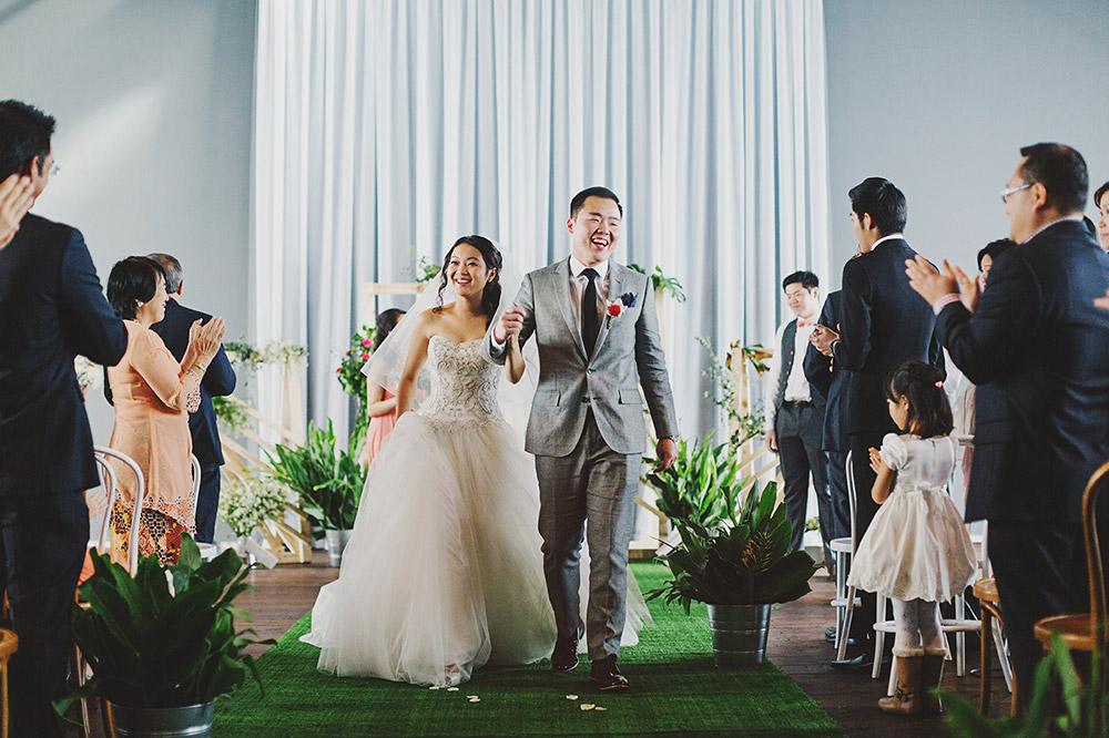 Photo by Jonathan Ong. www.theweddingnotebook.com