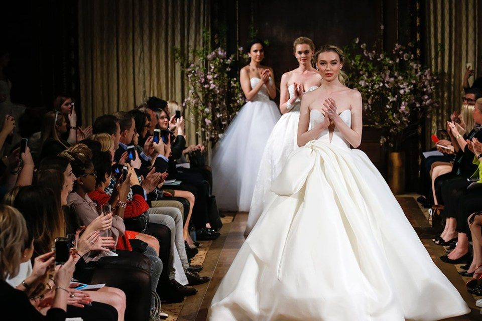 Isabelle Armstrong Spring 2017 Bridal Collection. www.theweddingnotebook.com