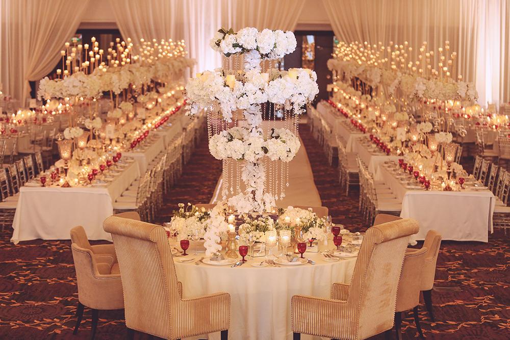 Photo by The Photoz. www.theweddingnotebook.com