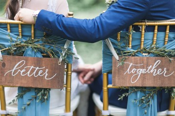 Photo by Lukas Chan Photo Lab. www.theweddingnotebook.com